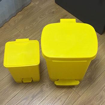 Педальный контейнер для сбора медицинских отходов 15л