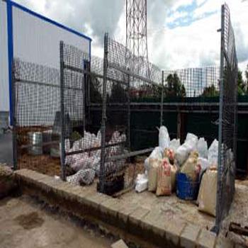 Сетчатое ограждение мусорной площадки