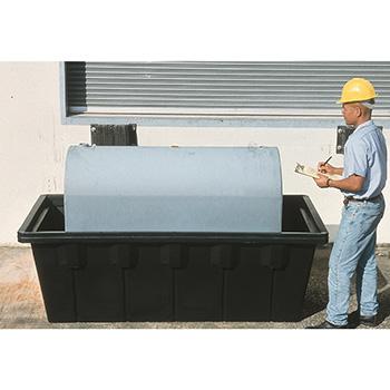 Пластиковая ёмкость для хранения жидкостей