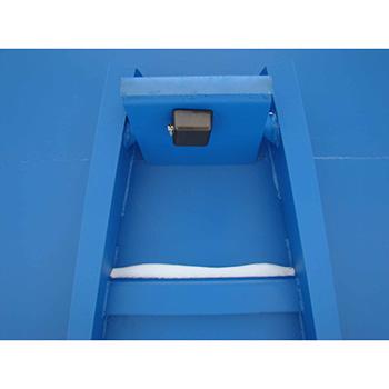 Противоугонное устройство для крюковых контейнеров