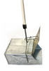 Металлический совок Ловушка большой без крышки, ручка деревянная