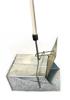 Металлический совок Ловушка большой с крышкой, ручка деревянная